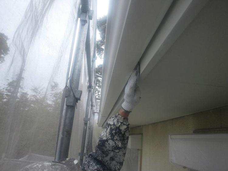 破風板塗装 ケレン