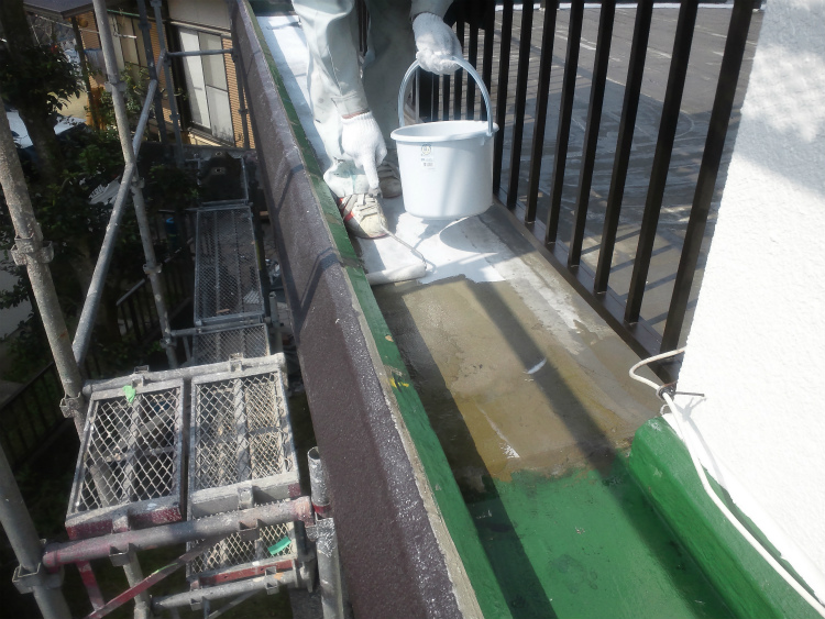 バルコニー防水 プライマー