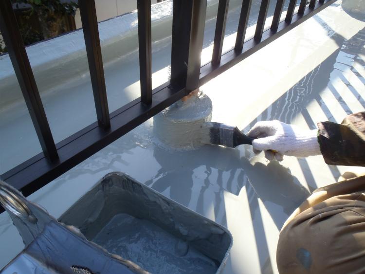 ウレタン塗膜防水 架台
