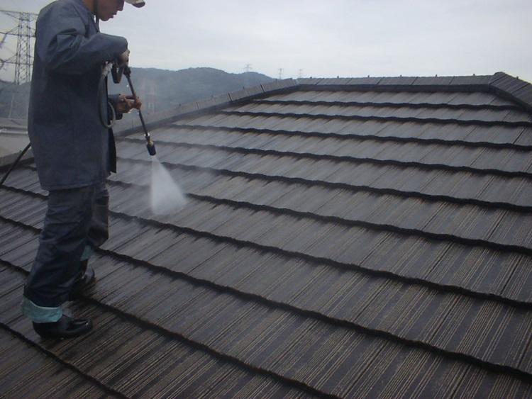 乾式コンクリート瓦 高圧洗浄